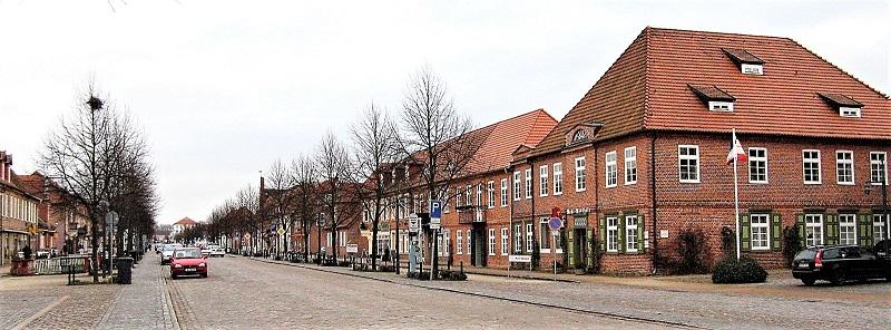 Blick in die Schlossstraße. Die Altstadt steht komplett unter Denkmalschutz.