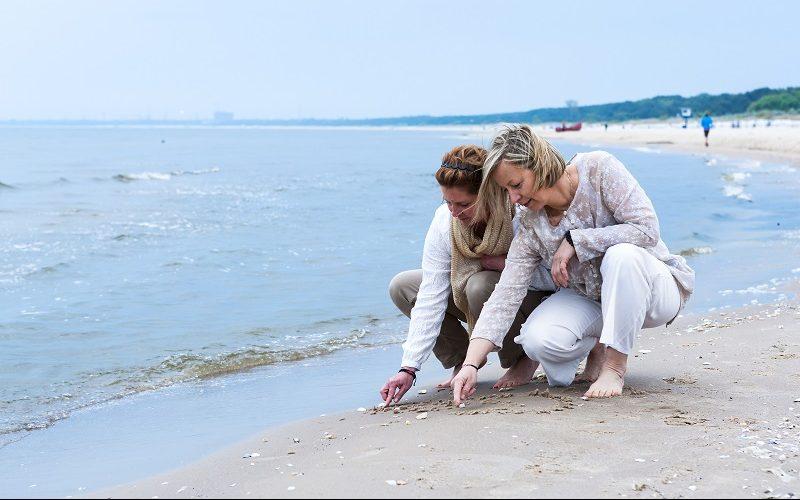 An den Stränden der Insel Usedom kann man im Winter Bernstein finden.